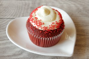 Red Velvet Cupcake ~ Living on Cookies