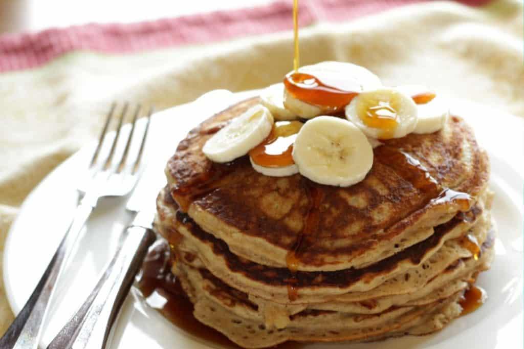 Banana Pancakes ~ Living on Cookies