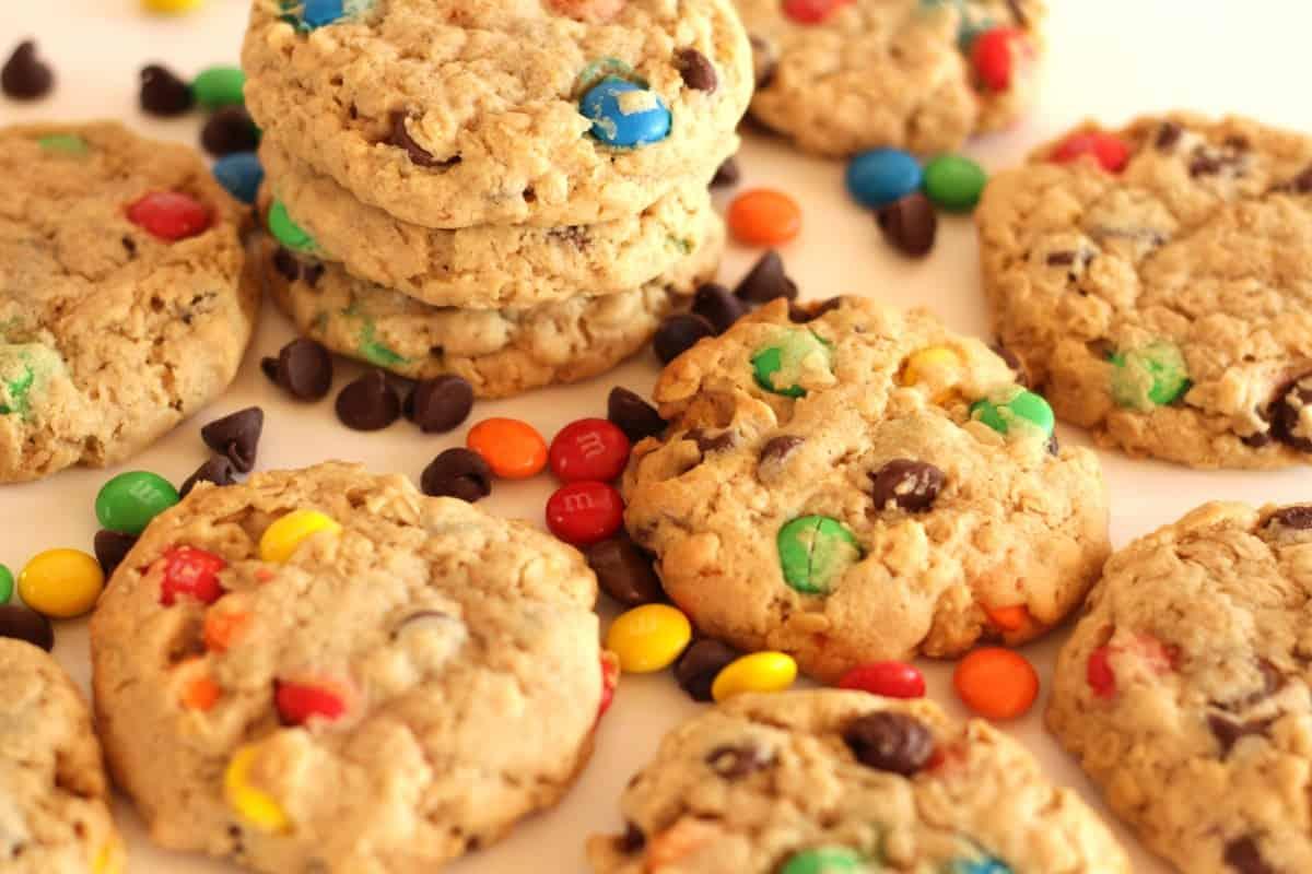 Monster Cookies ~ Living on Cookies